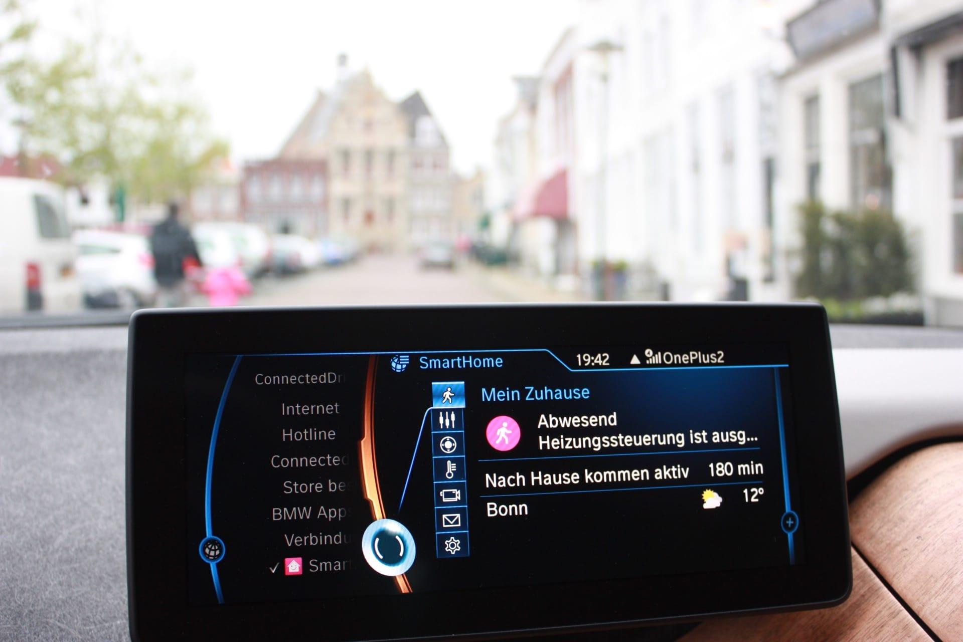 Smart Home im BWM i3 mit BMW Connected Drive für Telekom Smart Home und QIVICON. Heizungssteuerung, Alarmanlage mit Benachrichtigung, Smart Home Kameras